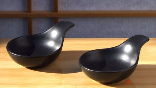 Canapé spoons sauce and condiment dishes round handled X2 black